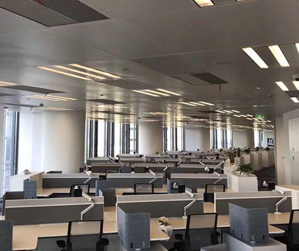 Euroacoustic Desk